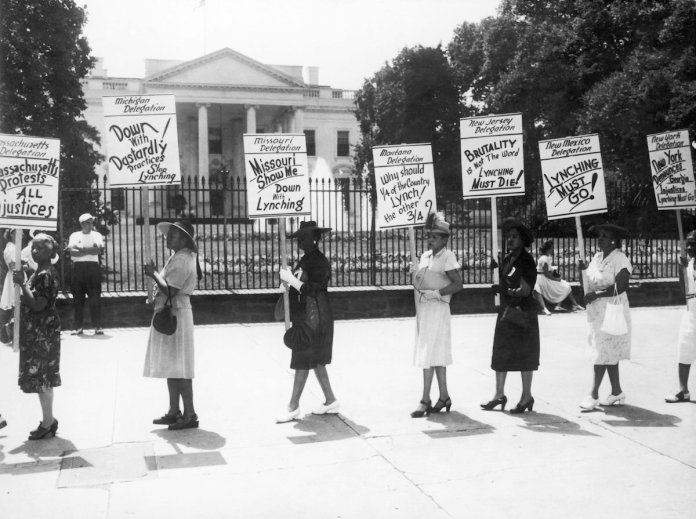 Demonstration Of The Blacks' Representatives Against The Lynching Of Monroe In Washington In 1946